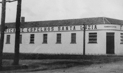 Santa Luzia Mirrors' factory of the 1942